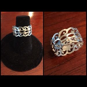 Vintage Diamond-Cut Sterling Silver Ring